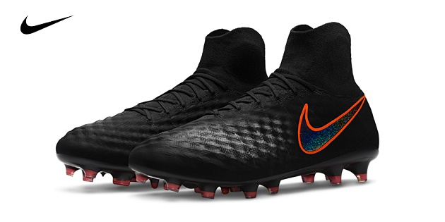 Nike Magista Obra II Review | Pitch Dark Pack