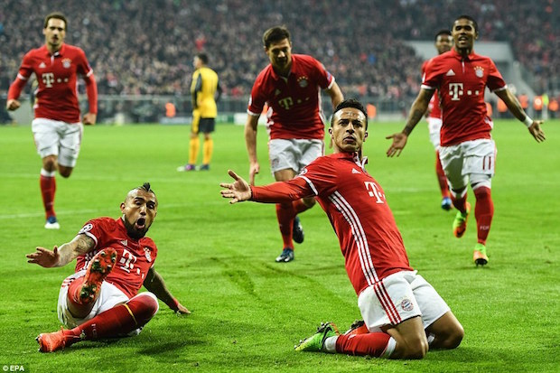 Bayern Coasts Past Arsenal in First Leg