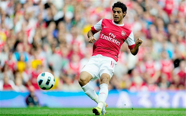 Carlos Vela playing for Arsenal