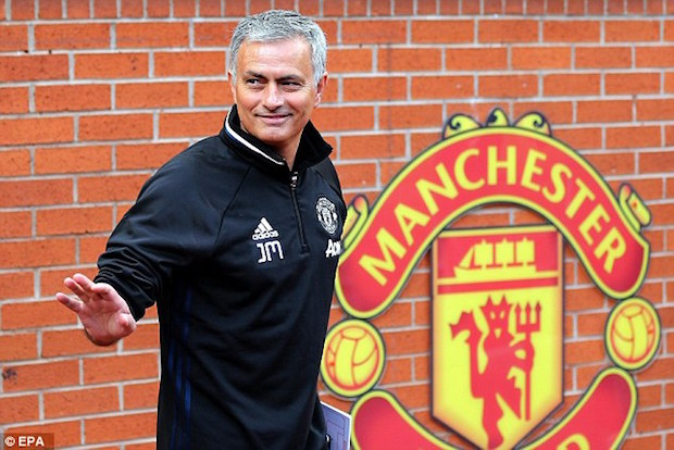 Mourinho Already Making Big Moves at Manchester