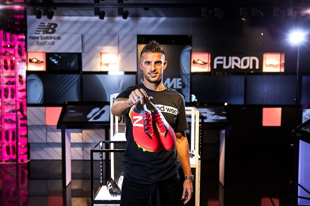 Kevin Mirallas with New Balance Furon