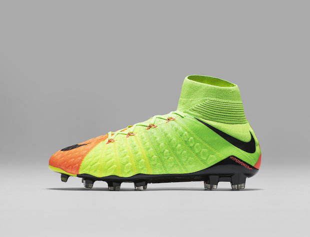 brand new b9232 9a7a6 Nike Gets Deadly with Updated Hypervenom 3 - The Instep