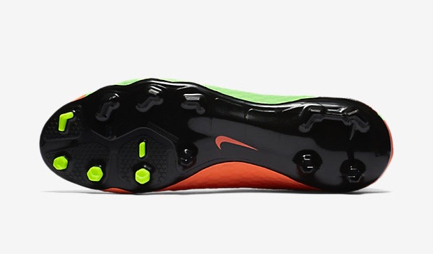 Nike Hypervenom Phatal soleplate
