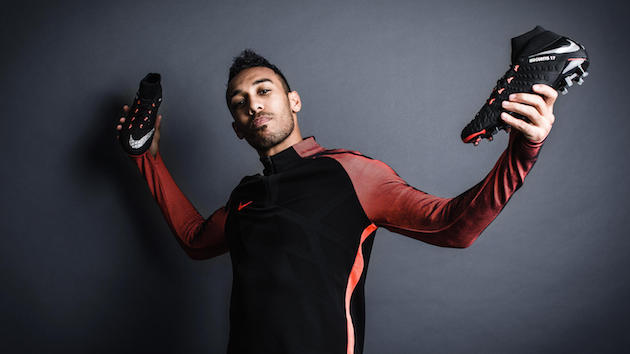 Aubameyang with Nike Hypervenom Strike Night