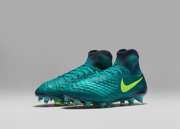 Nike Magista Obra II Unboxing | Floodlight Pack