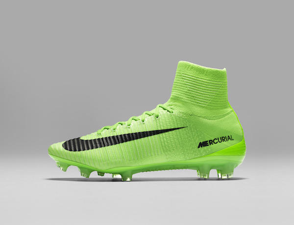 best service 37744 4c535 ... real nike mercurial superfly radiation flare 73d07 b10bb ...