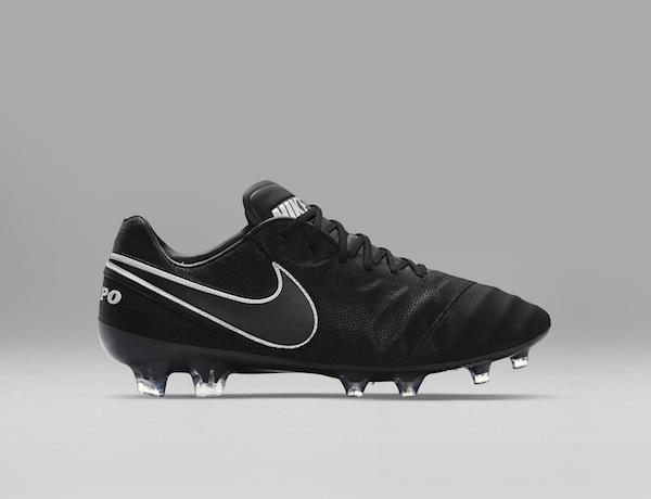 Nike Tiempo Legend VI Tech Craft in black