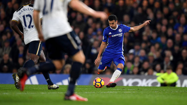 EPL Wrap-up: Chelsea Hands Spurs First Loss; Palace and Swansea's 9-Goal Thriller