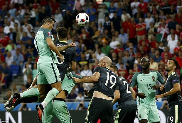 Portugal Advance to Final on Ronaldo, Nani Strikes