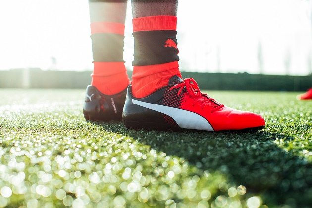 Puma evoPOWER on field