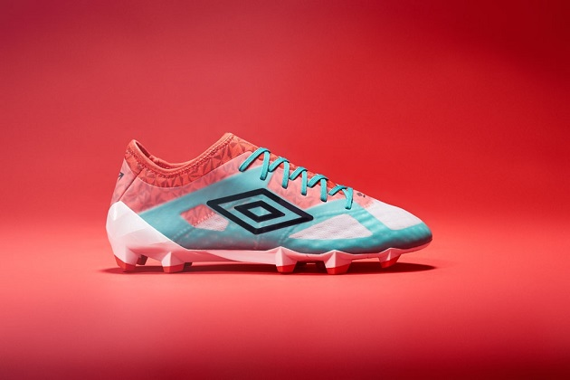 Umbro Launches All-New Velocita 3