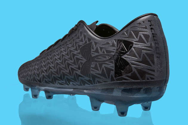 Under Armour Clutchfit Force 3 black