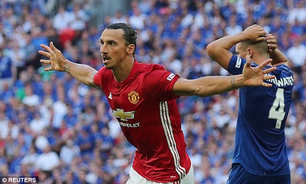 Zlatan Gives United Edge Over Leicester in Community Shield