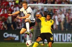 Aron-Johannsson-forward