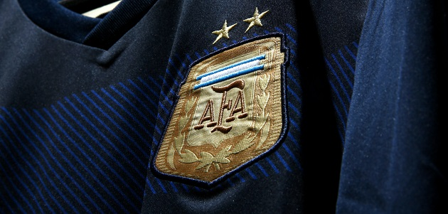 Argentina away crest