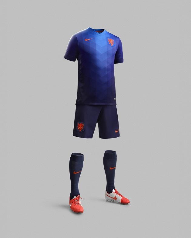 Holland away full kit
