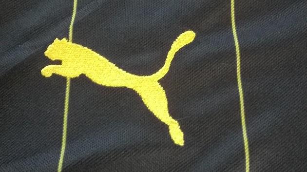 Puma logo on Dortmund away