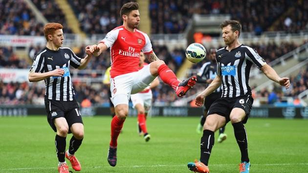 Giroud against Newcastle