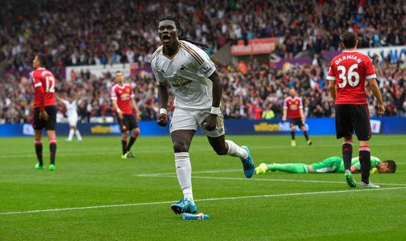 Gomis scores vs. Man United