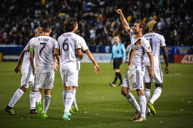 LA Galaxy rout in opener