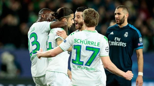 Ricardo Rodriguez scores for Wolfsburg