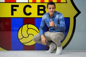 Alexis Sanchez Signed by Barca