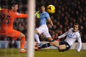 Aguero scores on Tottenham