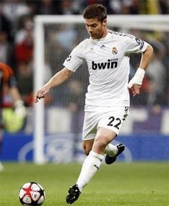 Xabi Alonso-2011-1