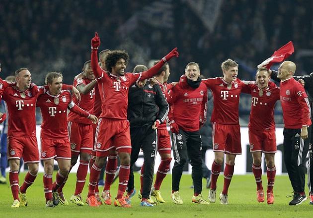 Bayern celebrates title