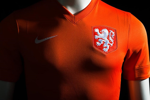 the best attitude 96b93 8f2c3 Nike Reveals the Elegant 125th Anniversary Netherlands Home ...