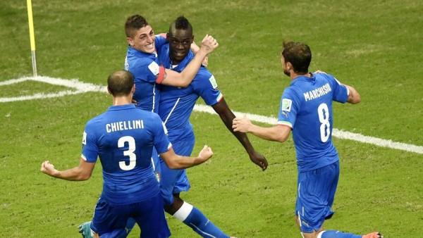 Balotelli goal for Italy