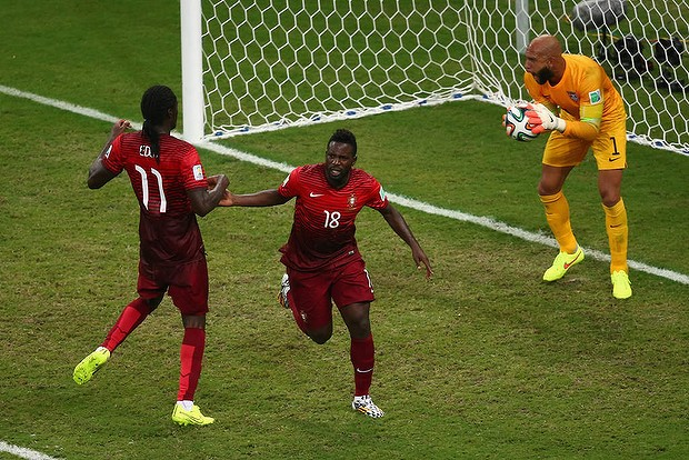 USA gives up late goal vs. Portugal