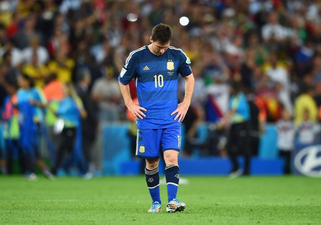 Messi hangs head in World Cup final