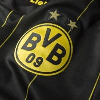 Borussia Dortmund 2014-15 Away Kit Review