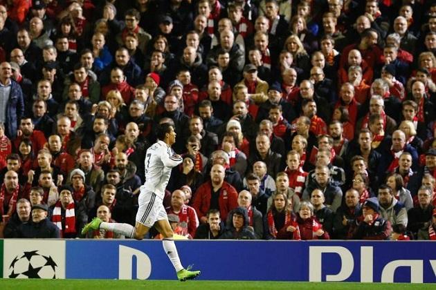 Cristiano scores vs. Liverpool