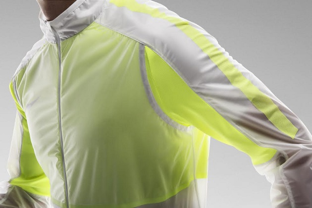 Volt Nike Revolution Jacket