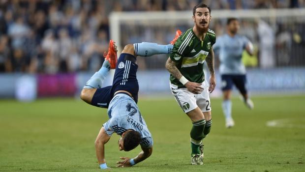 Dwyer falls against Portland
