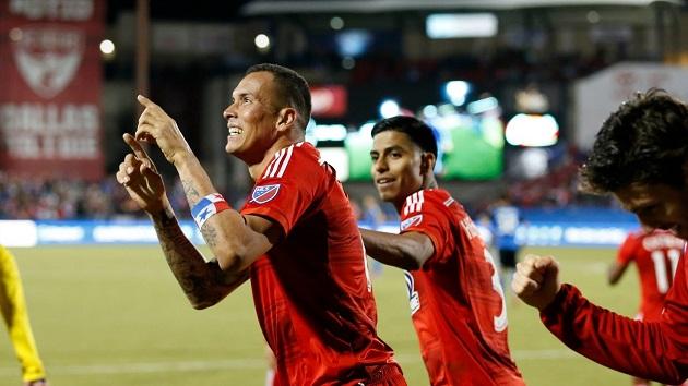 Blas Perez of FC Dallas