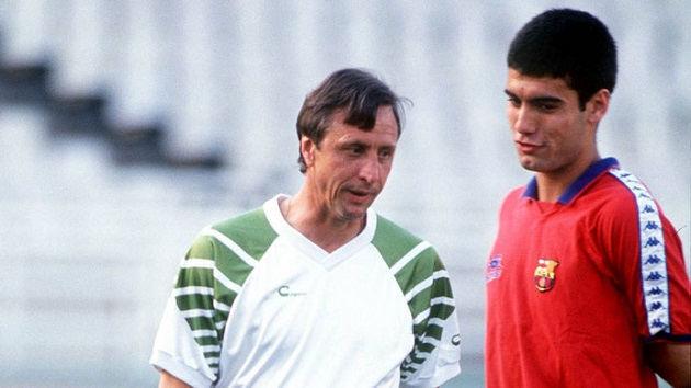 Cruyff teaching Guardiola