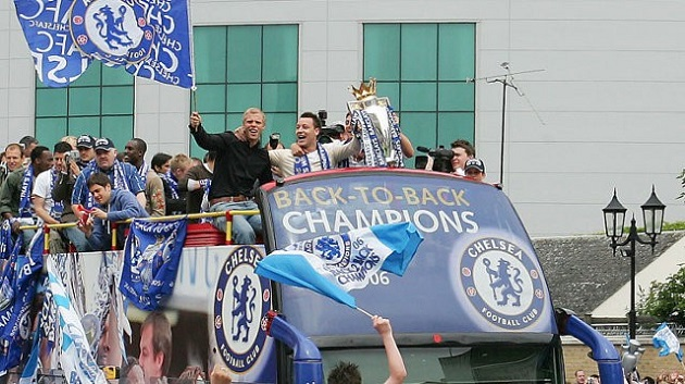 Chelsea celebrate 2006 EPL title