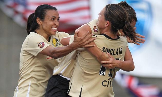 Marta and Sinclair celebrate