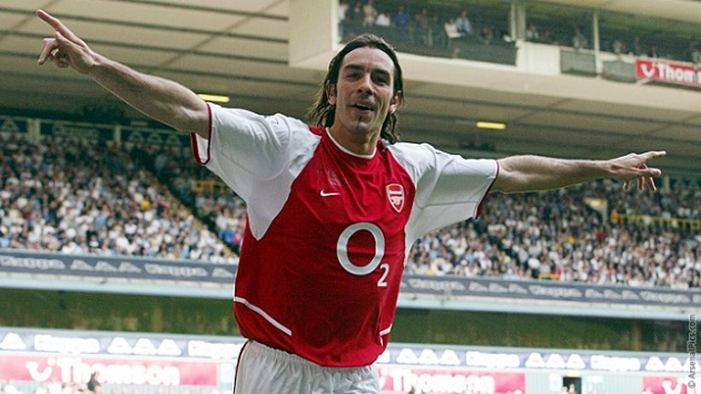 2004 Arsenal player Robert Pires
