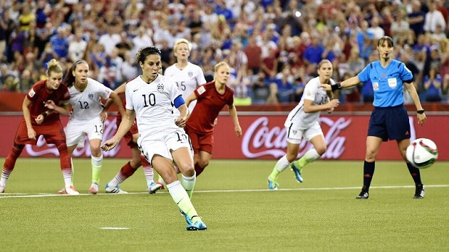 Carli Lloyd scores PK vs. Germany