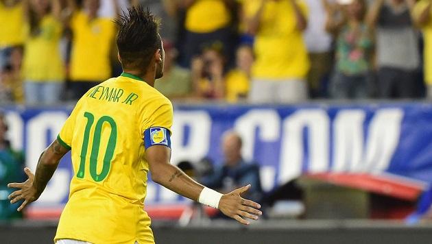 Neymar scores on USA