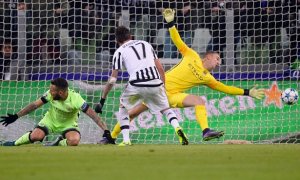 Mandzukic's Strike Puts Juve Over City