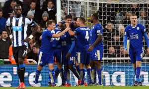League-Leading Leicester Host the Red Devils