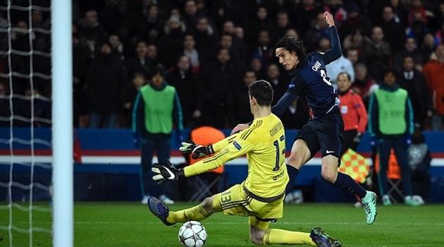 Cavani Snaps Tie vs. Chelsea