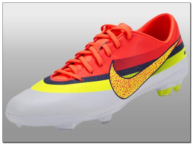 a37e9cc79648 Kids Nike Mercurial Vapor IX CR Review - The Instep