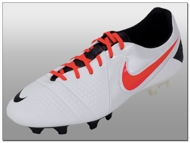 Nike CTR360 Maestri III FG Soccer Cleats - White with Black
