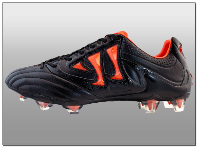 Warrior Skreamer K-Lite FG Soccer Cleats - Black with Spicy Orange